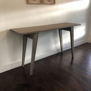Console Table FREE for Sale in Tustin, CA