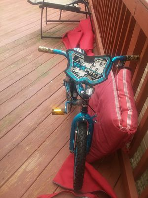 Kid bike for Sale in Fort Meade, MD