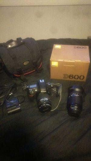 Nikon d600 with lenses for Sale in Elmwood Park, IL