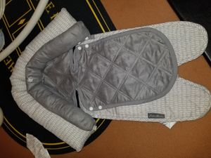 Car seat insert for newborns. for Sale in Virginia Beach, VA