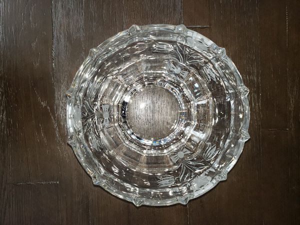 Beautifully Detailed Crystal Bowl