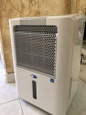 Whynter 65 Pints Dehumidifier for Sale in Arlington, TX