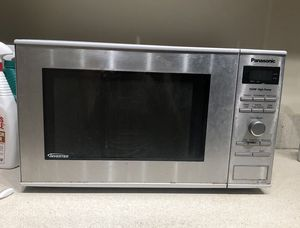 Panasonic Microwave Oven for Sale in New York, NY