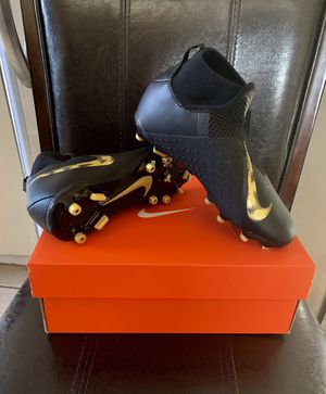 NEW NIKE SOCCER CLEATS for Sale in Huntington Park, CA