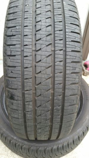 (4) 285 45 22 Bridgestone dueler 98% TREAD truck jeep SUV Cadillac tires for Sale in Tampa, FL