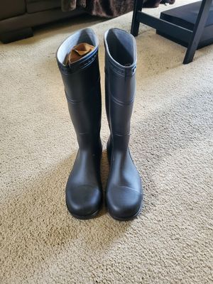 Size 11 new work/rain/mud boots with steel toe for Sale in San Diego, CA