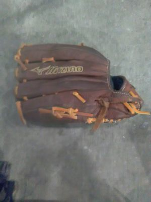 Baseball Glove for Sale in Thornton, CO