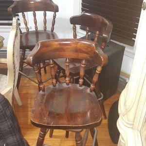3 Wooden bar stools for Sale in Chicago, IL