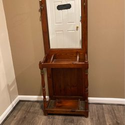 Antique Entryway Mirror/Coat Rack for Sale in Hampstead,  MD