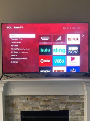 55 TCL Roku tv for Sale in Bellevue, WA