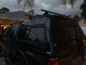 Frontier camper shell, crew cab 5FT bed. for Sale in Belle Isle, FL