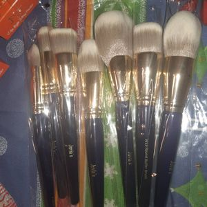 💄💋Juvias Place Make Up💄💋 for Sale in Chicago, IL