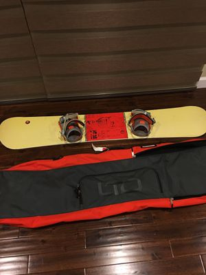 """Rossignol 154 snowboard with bag app. Size length 60""""x width 10"""" for Sale in San Jose, CA"""