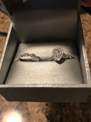 Vintage style diamond engagement and wedding ring set for Sale in Plant City, FL