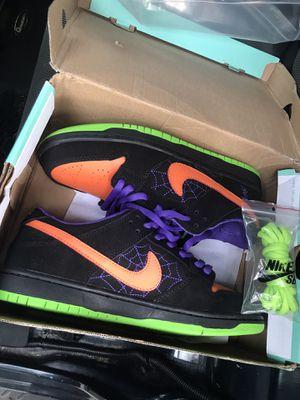 Nike SB Dunk Night of mischief for Sale in Orlando, FL