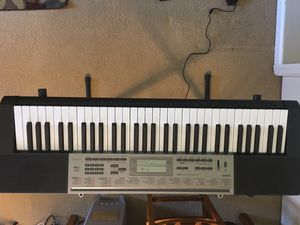 Casio Lighted Elecronic Keyboard with Application Integration LK165 for Sale in Middletown, OH