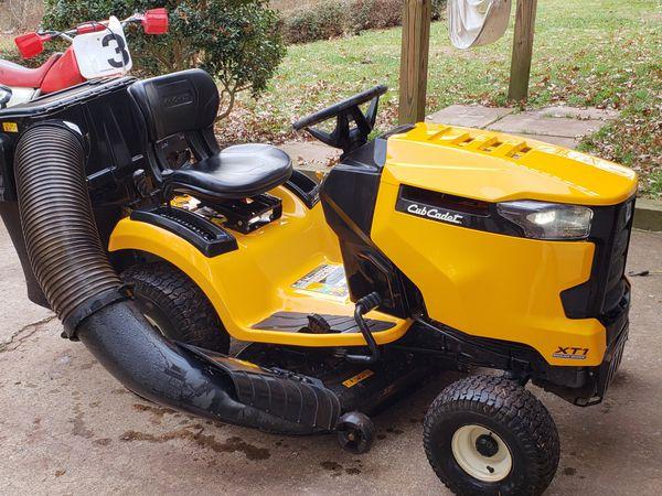 """42"""" Cub Cadet Lawn Mower"""