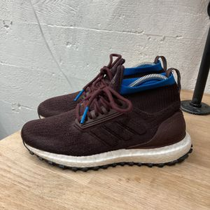 Adidas Ultra Boost Mid Utility for Sale in Seattle, WA