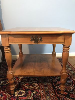Desk and End Table for Sale in Cabin John, MD