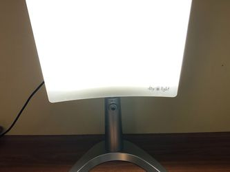 Happy Light Therapy - CAREX DAY-LIGHT CLASSIC PLUS for Sale in Arlington,  VA