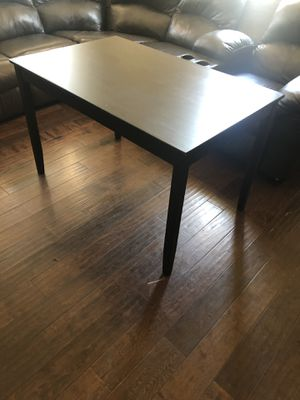 Desk/table $25 for Sale in San Diego, CA