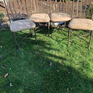 Set 4 Chairs for Sale in Salem, OR