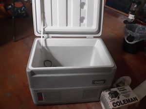 COLEMAN 40Q THERMACOOLER for Sale in East Peoria, IL