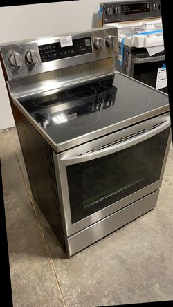 Electric or gas stove,Refrigerators,Washer,Dryer,Diswasher In Stock 0YXR for Sale in Dallas,  TX