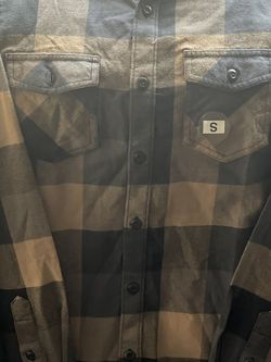 Vans Off The Wall Men's Box Long Sleeve Plaid Flannel Shirt for Sale in Albuquerque,  NM