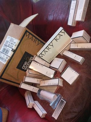 Mary Kay products all hlf off for Sale in TEMPLE TERR, FL