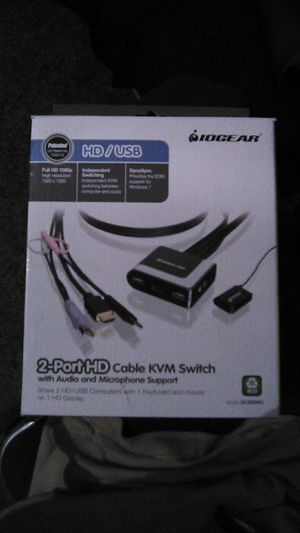 IOGear-2Port[HD]Cable KVM Switch (w/ Audio & Microphone Support) for Sale in Santee, CA