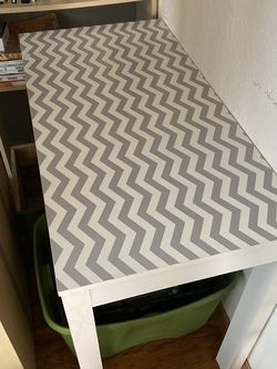 Chevron Pattern Table Desk for Sale in Los Angeles,  CA
