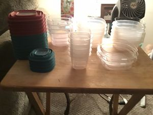 Rubbermaid food storage containers 36 pieces for Sale in Santa Ana, CA