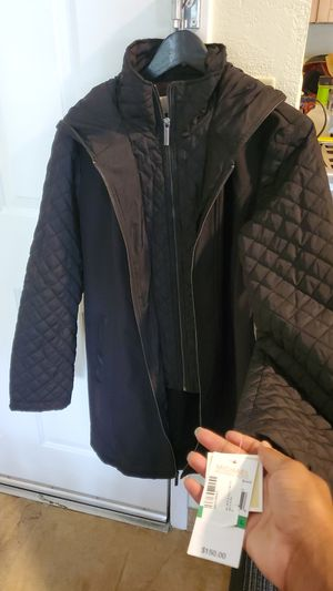 Michael Kors waterproof coat for Sale in Cincinnati, OH
