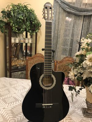 Fever classic acoustic guitar for Sale in Bell, CA