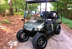 Asking$1000 Ez-Go TXT 2O17 electric golf cart for Sale in Chicago, IL