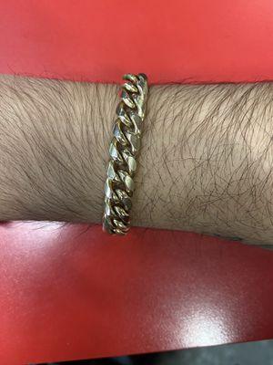 10kt solid gold bracelet ( unisex ) for Sale in Katy, TX