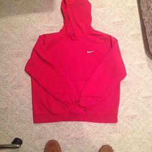 Nike Men's Club Fleece Hoodie XL Red for Sale in Woodbridge Township, NJ