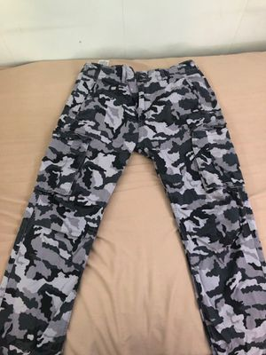 Levi's Black/Grey Camo Cargo Pants for Sale in Niles, IL