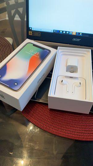 IPhone X 256GB UNLOCKED for Sale in Fairfax, VA