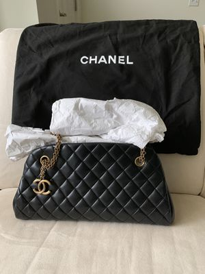 Authentic Chanel Mademoiselle Bowling Handbag for Sale in Bellevue, WA