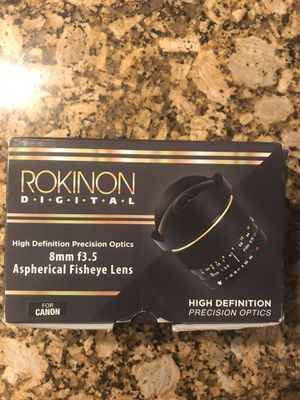 Rokinon 8mm camera lens for Sale in Pinellas Park, FL