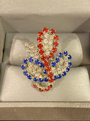 ❤️💙Gorgeous Silver Ring- Very Shiny❤️💙 in Person for Sale in Dallas, TX