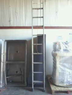 24ft aluminum extension ladder for Sale in Seattle, WA