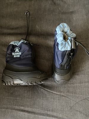 Toddler Kamik Kids snow boots size 6 for Sale in Escondido, CA