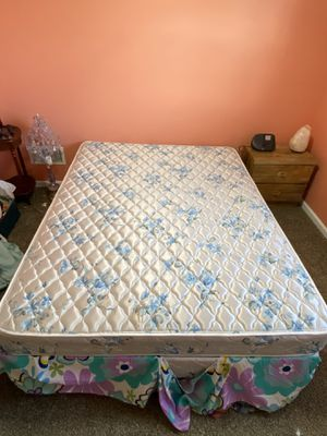 Queen Bed for Sale in East York, PA