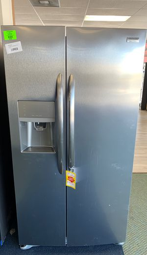 BRAND NEW FRIGIDAIRE LGHK2336TF REFRIGERATOR for Sale in Lawndale, CA