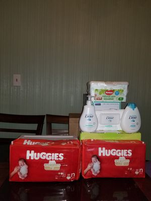 Huggies size nb or 3 for Sale in Jennings, MO