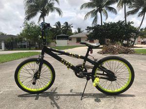 Huffy Revolt BMX Bike (20in) for Sale in Miami, FL