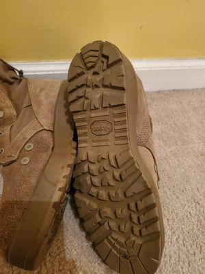 Used combat boots standard issue size 10 for Sale in UPPR MARLBORO, MD